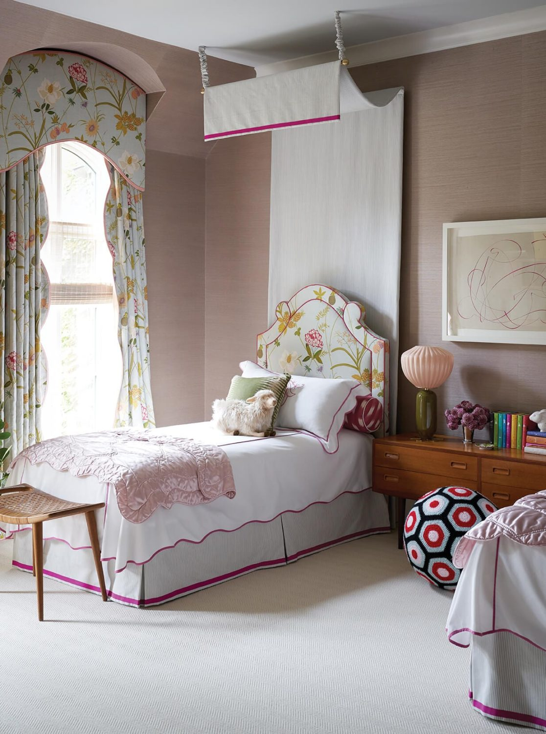 How To Properly Make Up A Bed According To 10 Top Designers Schumacher Blog