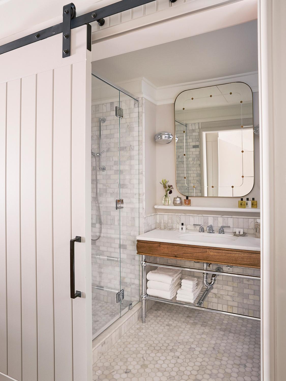 Design Inspiration du Jour: Simply Perfect Hotel Bathrooms